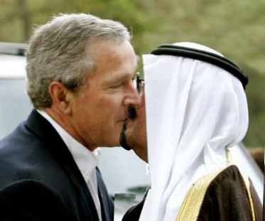 Bush kisses the head of the Saudi family